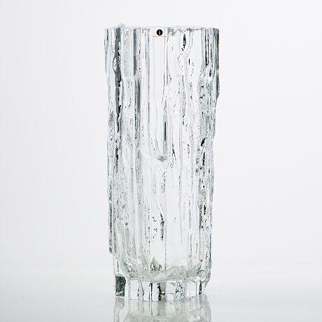 TAPIO WIRKKALA - Glass vase 3542 (h. 29 cm) for Iittala, Finland.