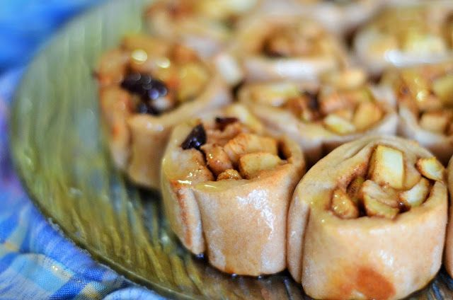 Forever Nutrition: Apple and cinnamon scrolls