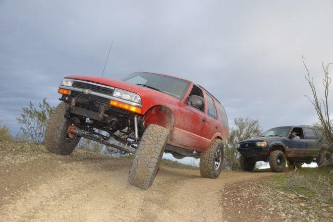 Solid-Axle Chevy S10 Blazer