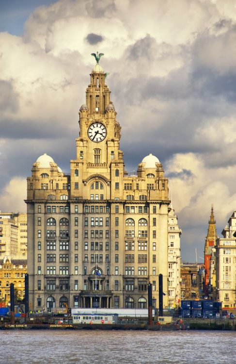 Waterfront and Buildings, Liverpool, England | Liverpool Pictorial