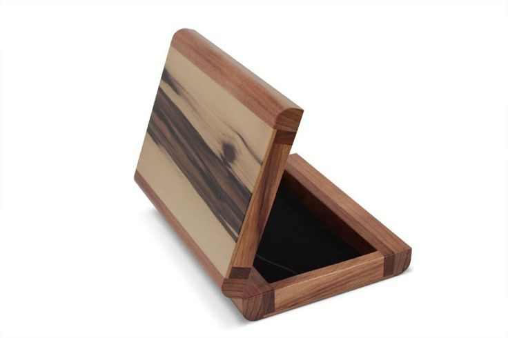 Deloraine Sassafras Collectables Box | Australian Woodwork | Australian Woodwork - FREE Gift Wrapping - FREE Handwritten Gift Card - Fast Same Day Shipping - FREE Shipping for orders over $100 - Our usual Money Back Quality Guarantee!