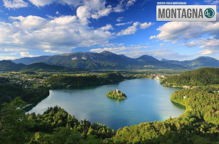 Do you know this place? #mountain #mountains #lake  ------------------------------  Conosci questo posto? #montagna #montagne #lago