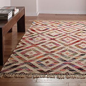 Wake up the floor with geometric patterns and balanced Earth & Fire colors in this Diamond Chindi Jute Rug from the Company Store #FengShui
