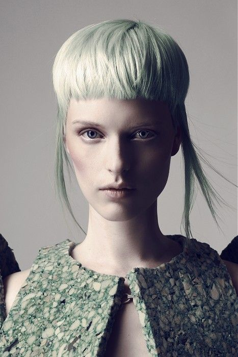 Ludovic Beckers - short blonde straight hair styles (21337)