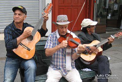 Medellín Re Vista: La música es así II