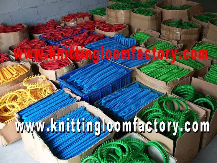 Round Knitting Loom Set,Round Loom Set,nifty knitter Round Loom blanket,nifty Knitter Loom,MarthaStewart loom,boyekniftyKnitter Round Knitting Loom set,Kiss Modular Looms,Kiss Loom,kisslooms,Fine Gauge Fixed Looms,Modular Looms,Slim Adjustable Looms,Straight Looms,Double Rakes,Reg Peg Double Rakes,Compact Peg Dbl Rakes,nifty Knitter Round Loom