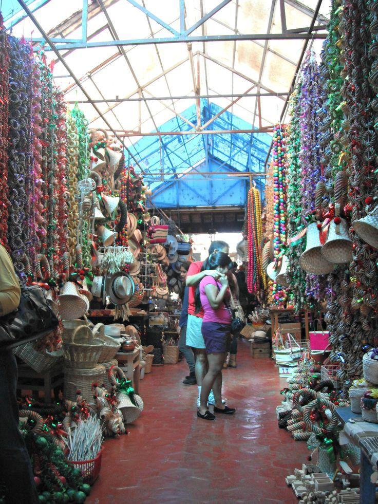 mercado de artesanías en Tzintzuntzan #Michoacán # ...