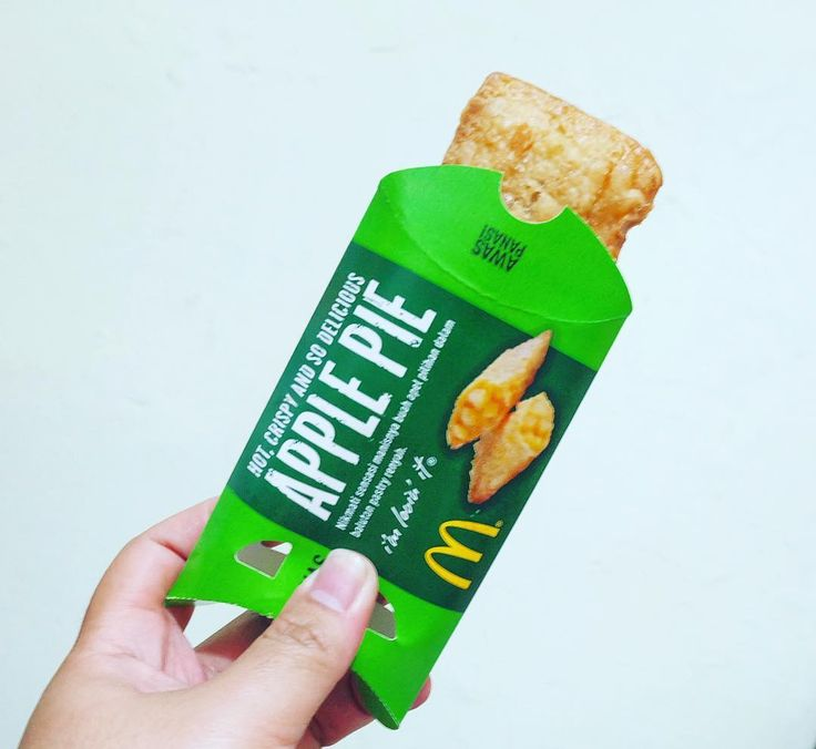 Apple Pie (New Menu) by @mcdonaldsid . . . . . . . #applepie #apple #pie #mcdonalds #mcd #sweet #yummy #food #foodporn #foodie #foodstagram #foodgasm #foodpics #instafood #instagood #instadaily #instacool #instalove #instalike #tagsforlikes #like4like #likeforlike #like #follow4follow #followforfollow #followme #follow