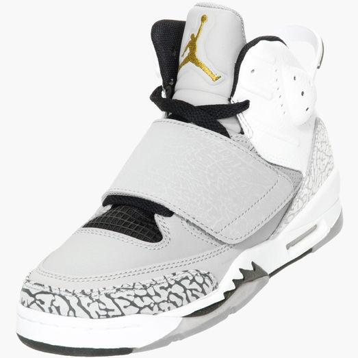 ... 11 best Style images on Pinterest Air jordan sneakers, Air jordan ...  biggest  Nouvelle NIKE ... e1b13c43d55d