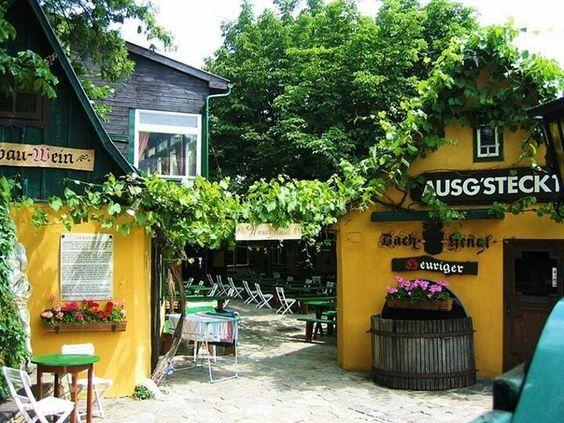 Heuriger - Wine Garden - Grinzing, Vienna