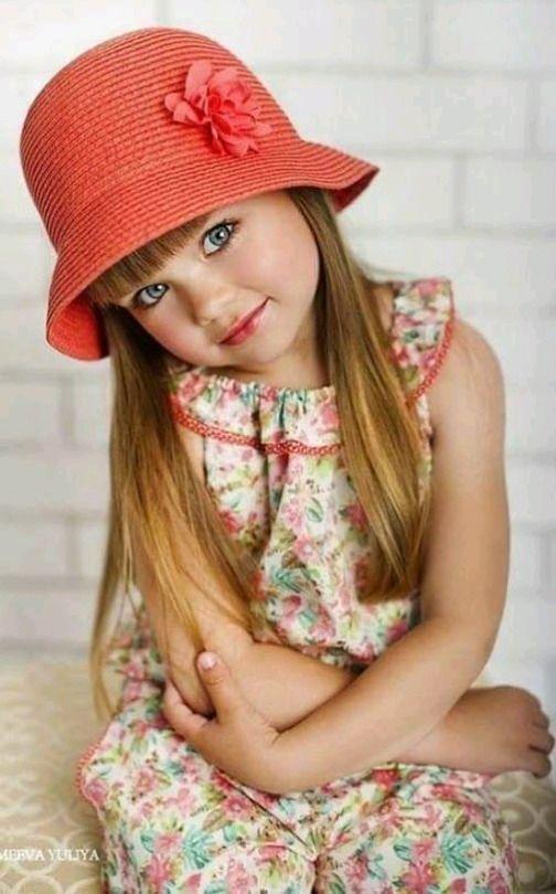 Sweet little girl by VoyageVisuelle ✿⊱╮