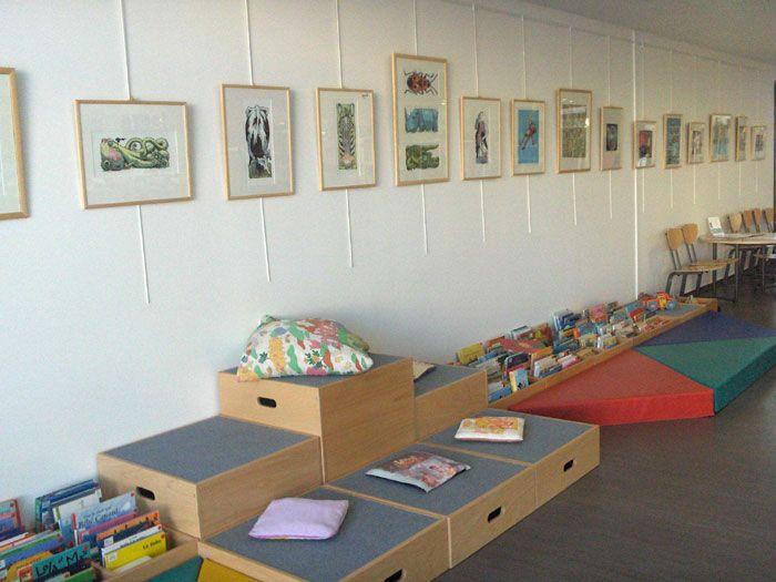le coin enfants estrades modulables pour le coin lecture. Black Bedroom Furniture Sets. Home Design Ideas