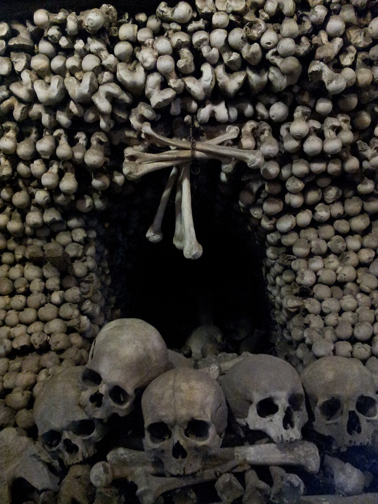 The Sedlec Ossuary is the Czech Republic's most highly visited tourist attraction outside their capital city of Prague / http://www.creativeboysclub.com/
