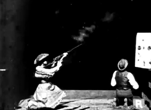 mortisia:  viαnitratediva: The real Annie Oakley demonstrates her ability by shooting glass balls at Thomas Edison's Black Maria studio on November 1, 1894.