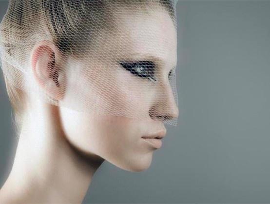 'cool bride' make-up by Der Brautsalon