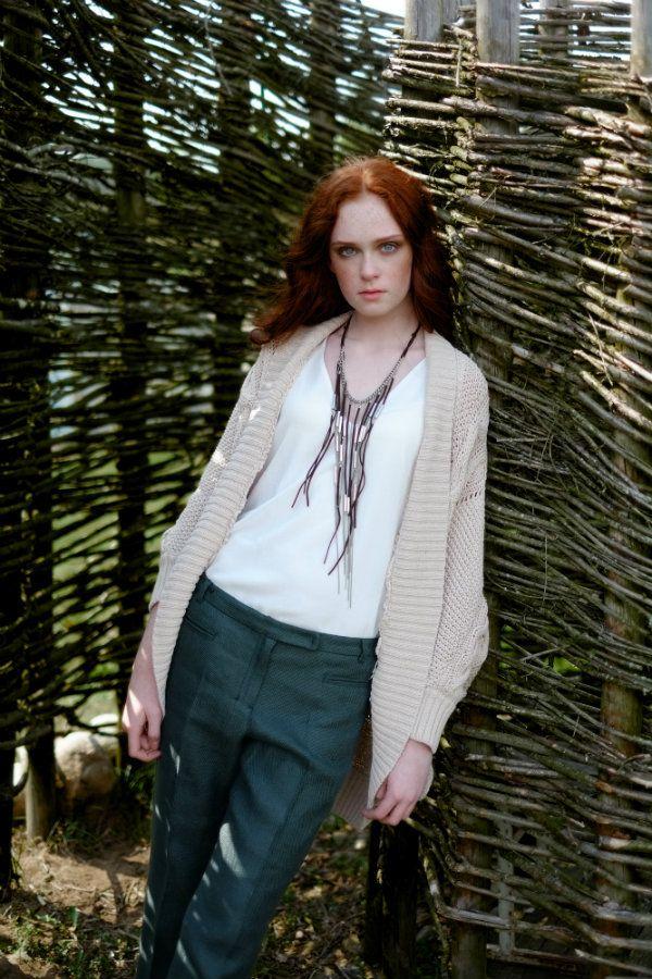 Lithuanian redhair model Viktorija Vilkelyte editorial for MOTERIS magazine. RUTA model management, www.rutamodel.com