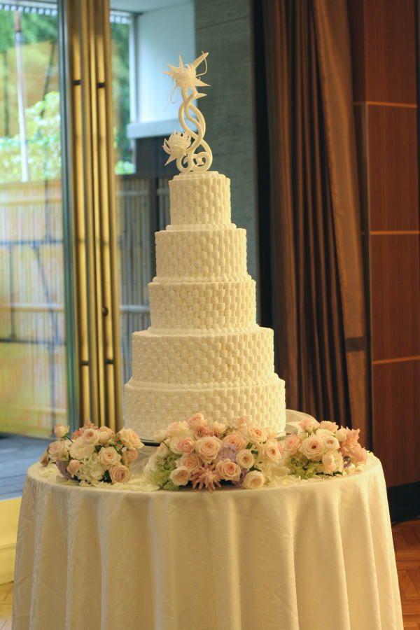 楽園 生涯を共に歩む テルニューオータニアーチェロ様へ : ケーキ装花