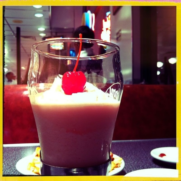 Malteada de cereza #holacomelon #food #foodporn #foodlover #milkshake