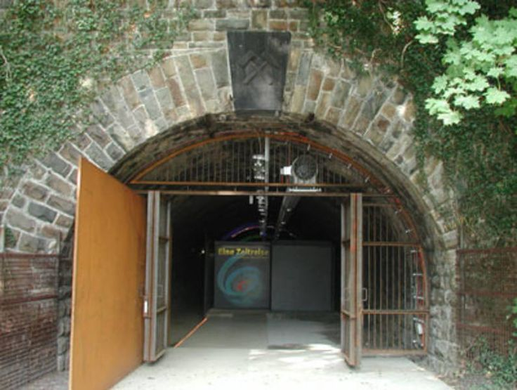Eingang Zeittunnel