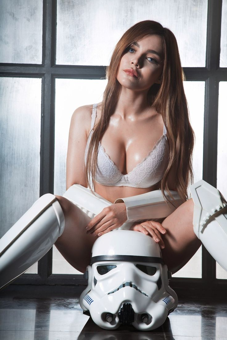 Sexy star wars girl, shaved testicles photos
