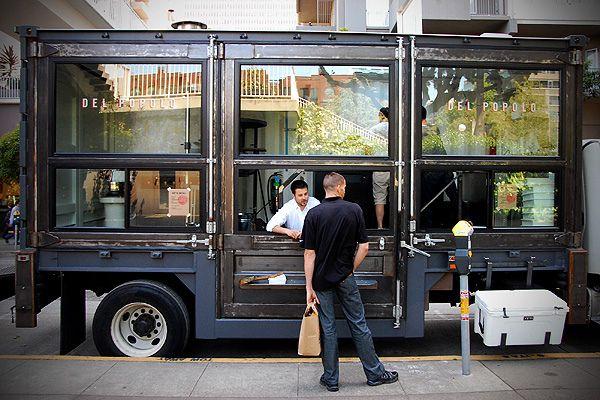 Del Popolo Food Truck / SF. Maybe not a dream home, but if I ever had a food truck. It would be like this. Si viajan al #DF no dejan de probar los mejores tacos en los food trucks http://www.boxvot.mx/Rankings/Los-mejores-food-trucks-del-DF