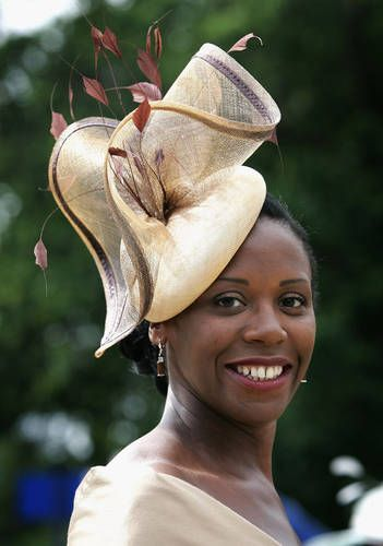 Love the sculptural quality of this hat