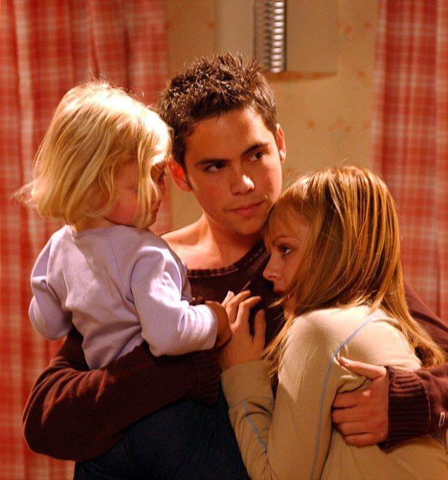 Bethany Platt, Todd Grimshaw (Bruno Langley) & Sarah Louise Platt (Tina O'Brien) (2003/2004)
