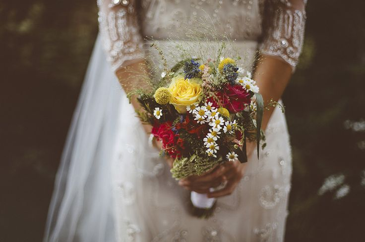 Jenny Packham Tuberose Wedding Dress | Garden Museum London | Wooden Trestle Tables | Rustic Styling | Bright Flowers | A Thing Like That Photography | http://www.rockmywedding.co.uk/sarah-paul/