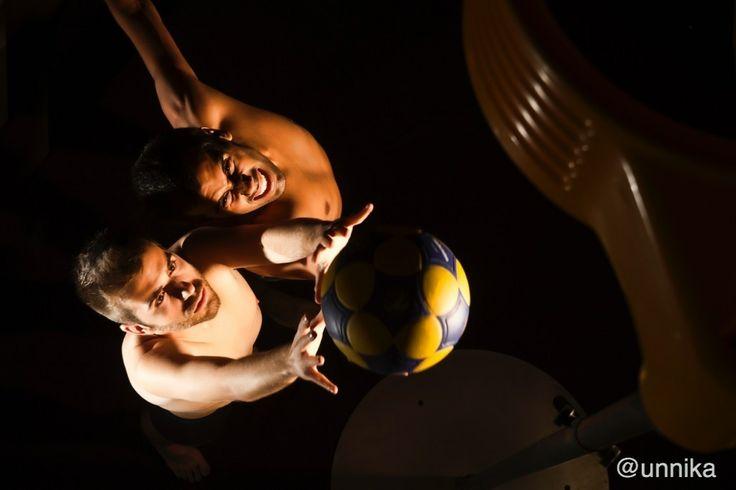 Korfbal - Lluitant el rebot