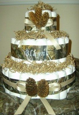 camo diaper cake ( when i have a baby..make me this.)