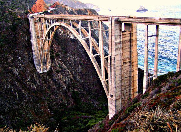 Beautiful Landscape!! Bixby Creek Bridge (Big Sur, California, USA)