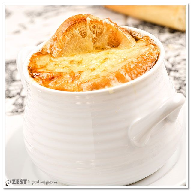 French Onion Soup Gratinée | Forthcoming Yummyness: Soup | Pinterest