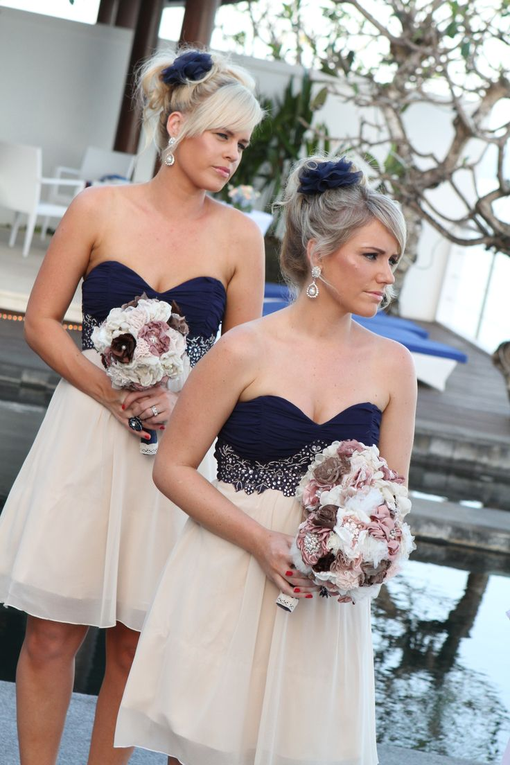 Navy and Cream Wedding Dress_Wedding Dresses_dressesss