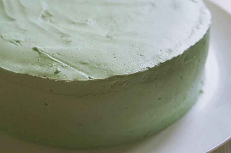 Масляный крем для торта на основе швейцарской меренги