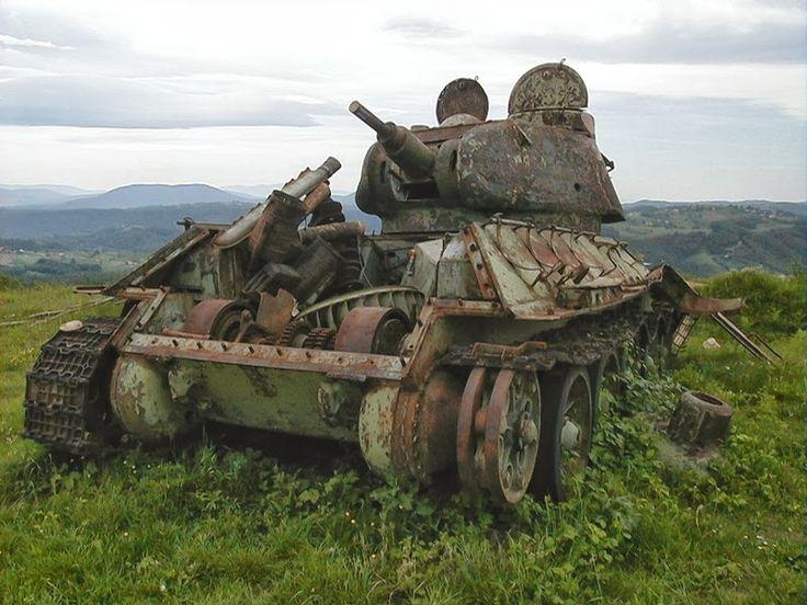 32 Astonishing Images of WW2 Soviet T-34 Tanks In Yugoslavian War - The Last War of This WW2 Deadly Tank