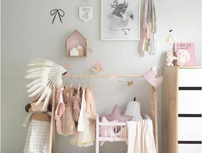 Babyzimmer Einrichten Bekleidung Und Dekorationen Im Babyzimmer Für Mädchen  Schrank Bilder Stern Kissen