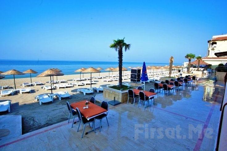 Büyükçekmece Kumburgaz Blue World Hotel'de Tüm Gün Plaj Kullanımı + Açık Büfe Öğle Yemeği + 1 Adet Meşrubat 120 TL Yerine Sadece 54.90 TL! - Firsat.me