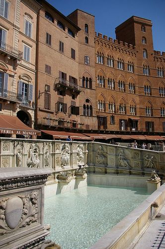 Piazza del Campo, Siena, Tuscany