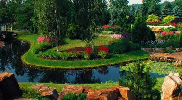 Visit the botanical garden at De La Republique Provincial Park // New Brunswick, Canada #NBParks
