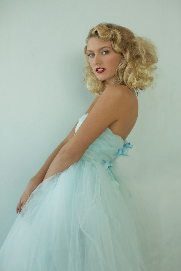 My idol Sue Bryce made this blue tule dress.  @Kim Simpson Moore we could do this for your trash the dress.