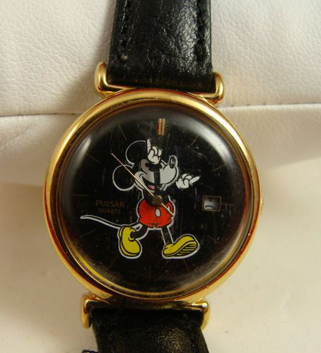 203 Best Disneywatches Watchesclocks Images On Pinterest