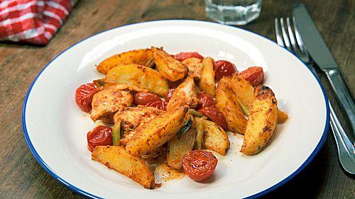 Hähnchenbrustfilet mit Country-Kartoffeln, ein tolles Rezept aus der Kategorie Backen. Bewertungen: 605. Durchschnitt: Ø 4,4.
