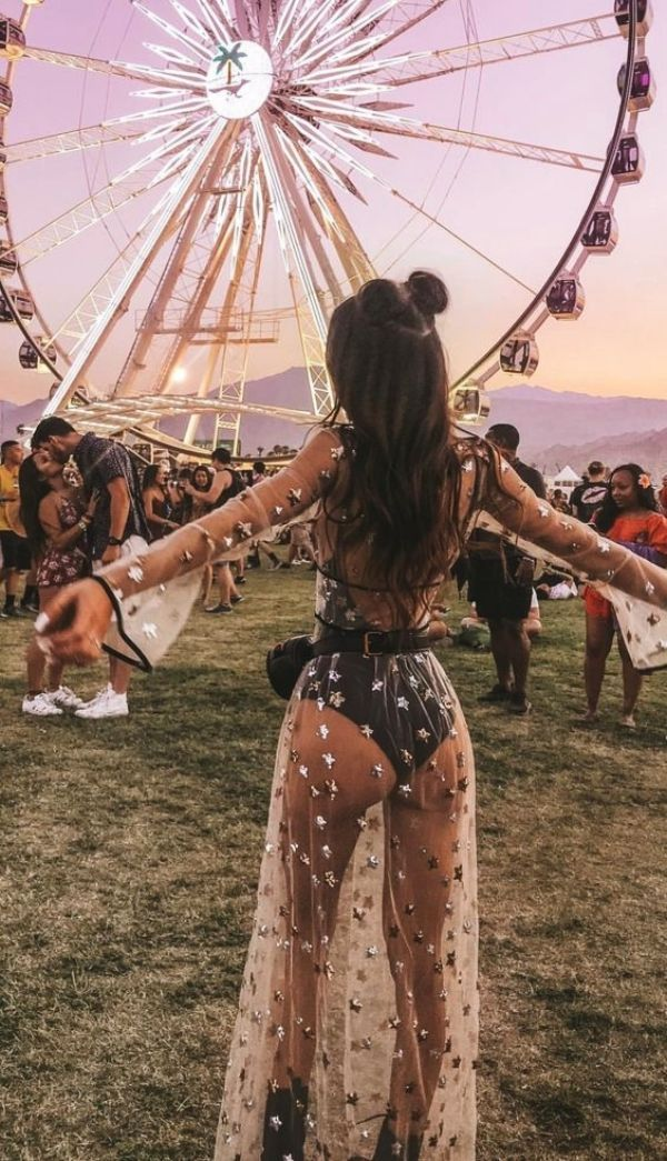 45 Trending Coachella Outfits Ideas to Steal Right…