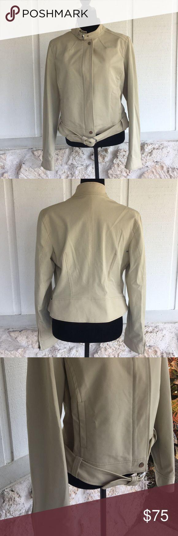 🆕Tommy Hilfiger Tan Moro jacket ✅I ship same or next day ✅Bundle for discount Tommy Hilfiger Jackets & Coats