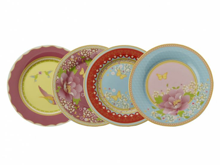 Our new Enchanté collection has sparked a lot of interest from brides who are planning a vintage inspired wedding. These are the Enchanté Side Plate Set of 4 Assorted.