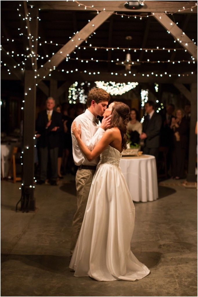 Pebble hill plantation wedding callie kevin wedding for Wedding dresses thomasville ga