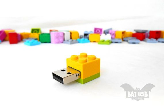 BAT™ 8GB USB flash drive - Memory Stick - Lego® original usb Brick - Lego® 2x2 Brick - Lego® usb in original piece - Yellow lime brick usb by Think4HandmadeArt, 23€