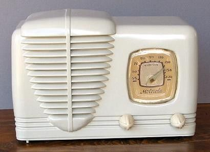 Vintage Art Deco Radio