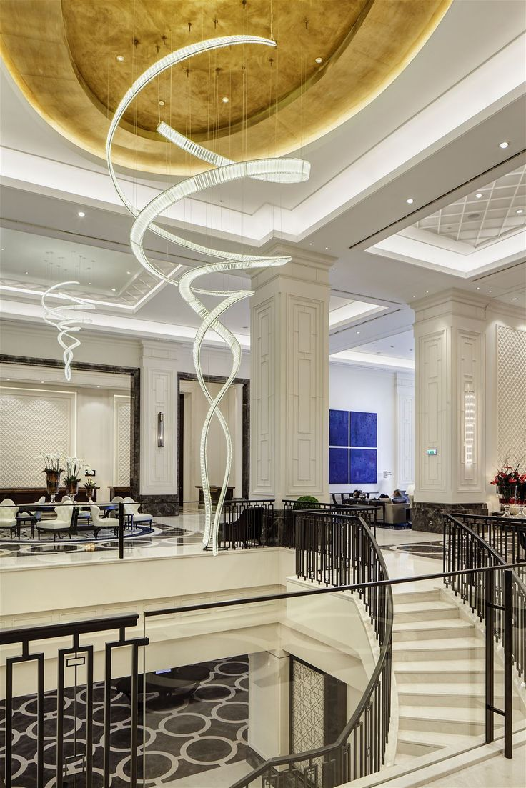 Dancing in the lobby of the Hilton Istanbul Bomonti Hotel & Conference Center is our signature InSpiral concept by Jaroslav Bejvl jr., combining folded prism bars and LED stripes. In cooperation with GA International. #light #lighting #design #lightingdesign #designlighting #interior #interiortrends #crystal #bohemiancrystal #LED #LEDlighting #chandelier #hospitality #hotel #staircaselights #staircaselighting #lightinginspirations #lightingtips #preciosa #preciosalighting…