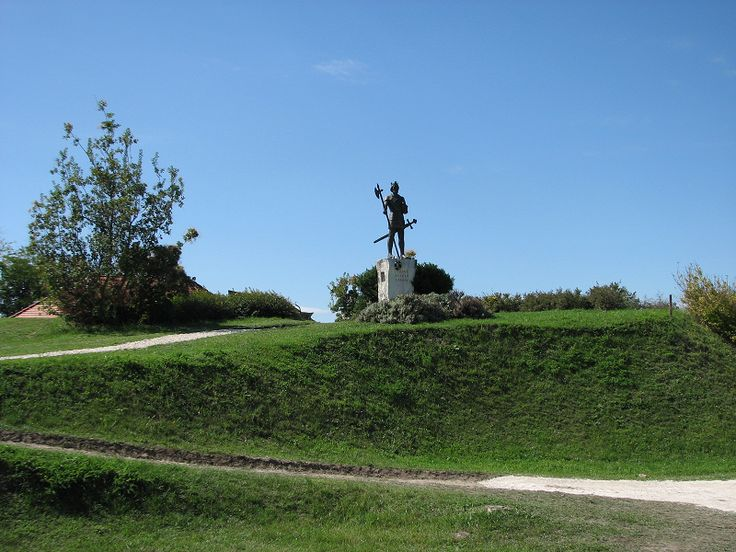 A szobor a dombon #latnivalo #somogyvar #turabazis